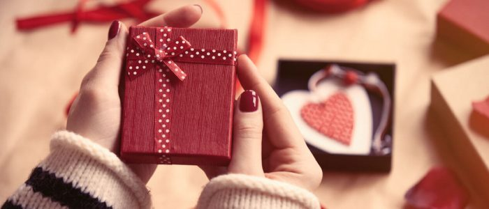 7 Valentine's Day Social Media Campaign Ideas & Trends
