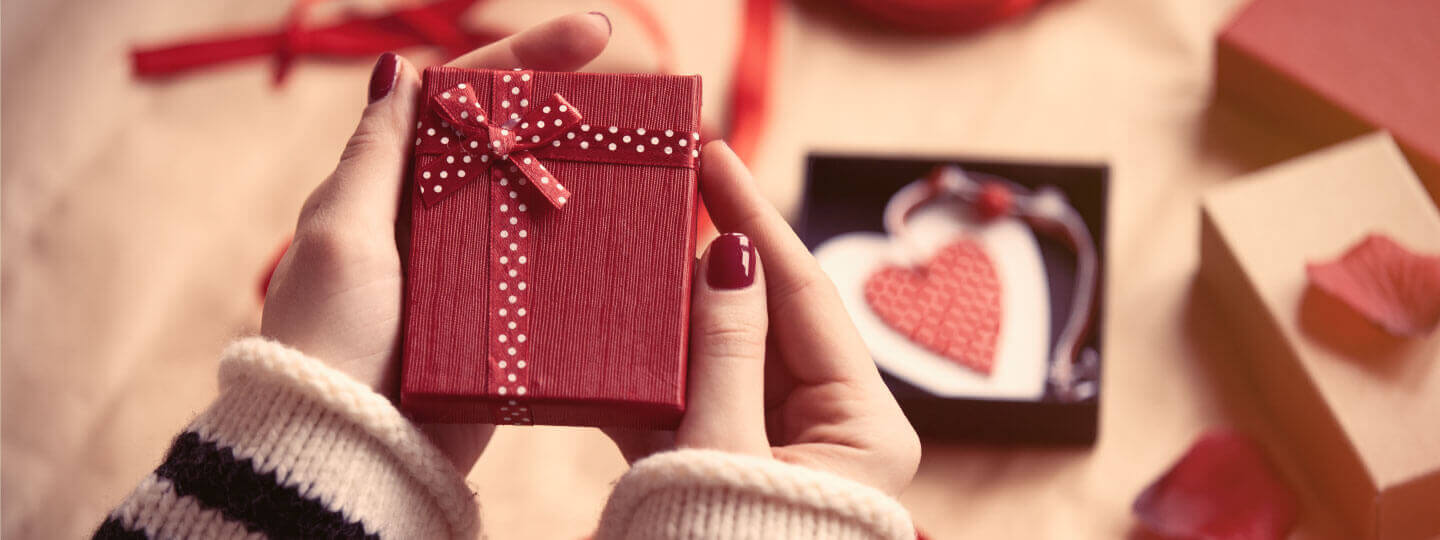 7 Valentine's Day Social Media Campaign Ideas & Trends